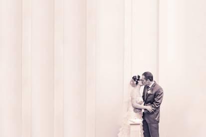 невеста и жених в загсе